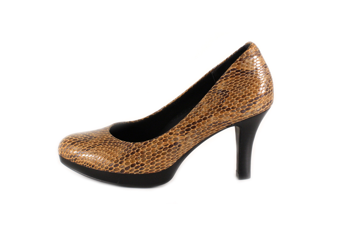 Find fashionable orthopedic dress shoes for men at HealthyFeetStore.com. We carry the largest selection of orthopedic dress shoes, orthotic friendly dress